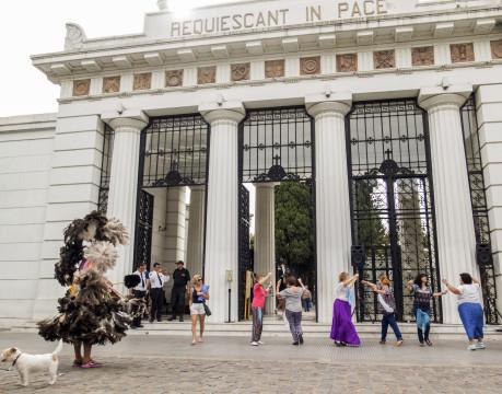 Tutto questo dolore è un'illusione/ Cimitero della Recoleta, Buenos Aires